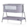 Kép 1/4 - Chipolino Sweet Dreams szülői ágyhoz csatlakoztatható kiságy - Grey 2020